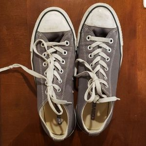 Converse Chuck Taylor All Star Low Tops (grey)